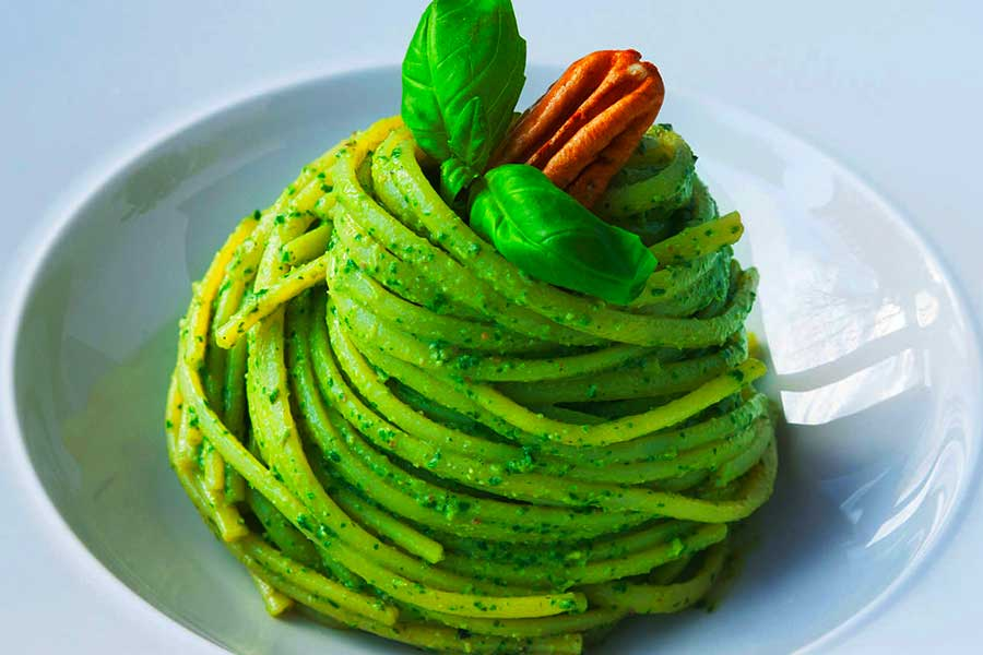 piatto di pesto