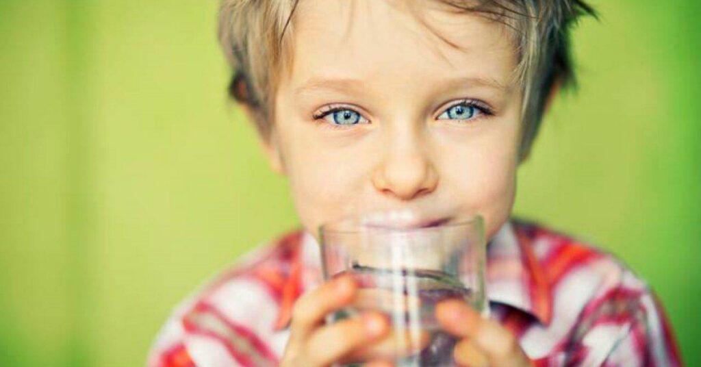 Acqua nei bambini Mammastobene.com