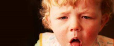 Bambino che tossisce Mammastobene.com