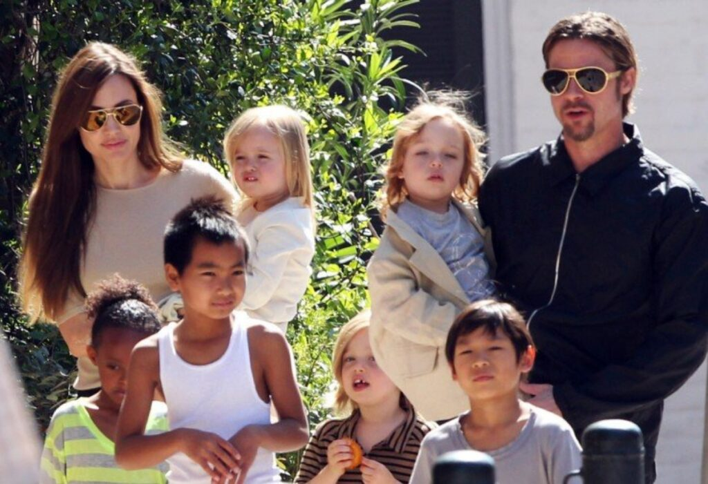 Shiloh Jolie-Pitt Mammastobene.com