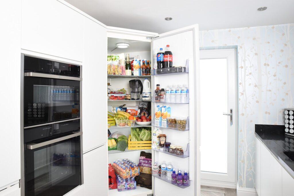 Come conservare gli alimenti in frigo