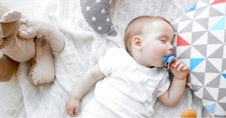 Far dormire i neonati Mammastobene.com