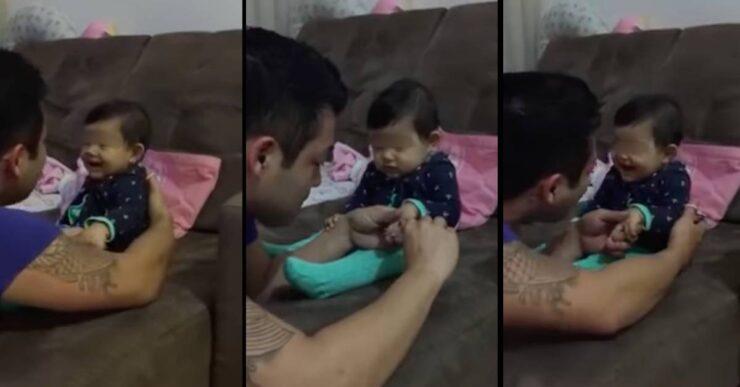 Padre e figlio che ridono