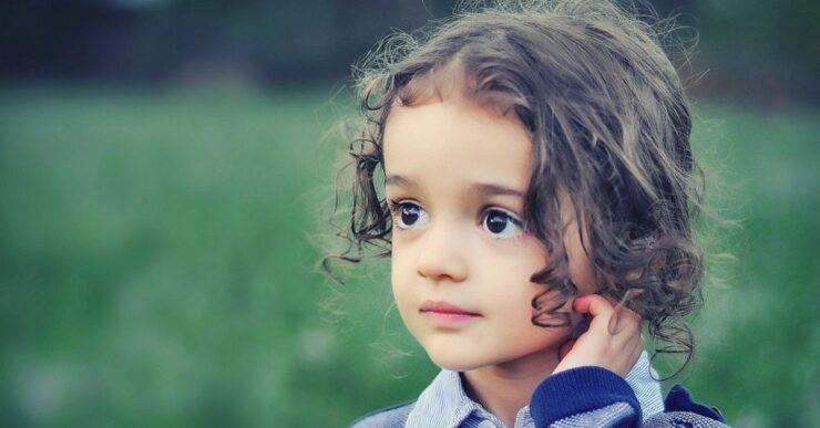 bambini hanno molti capelli