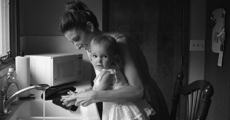 donna con bambini