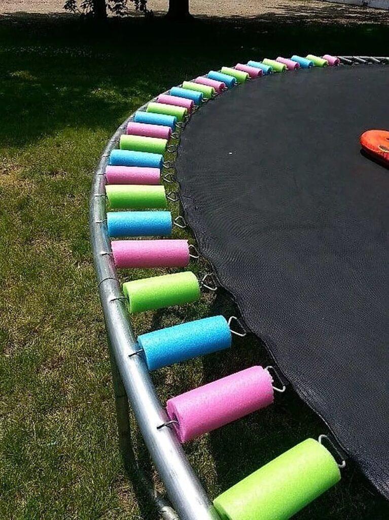 Tubi morbidi da piscina per proteggere i bambini dagli urti