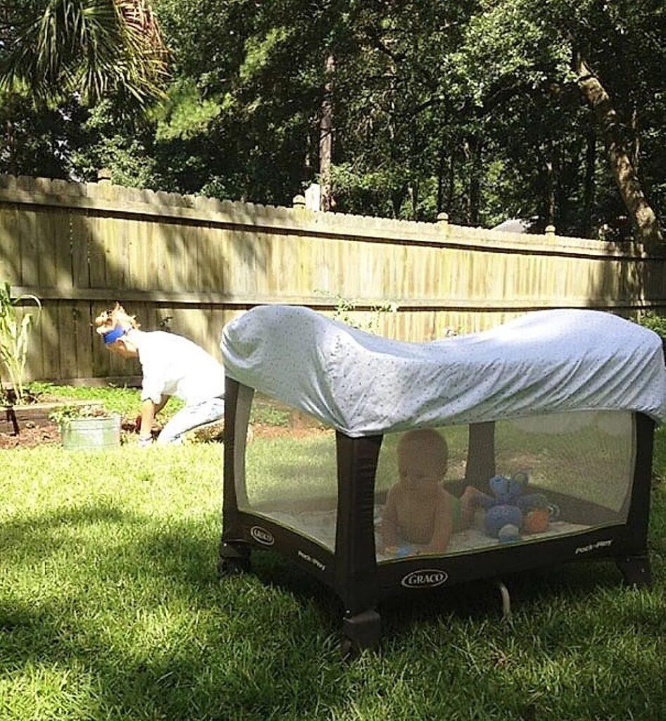 Evitare le punture di zanzare in giardino