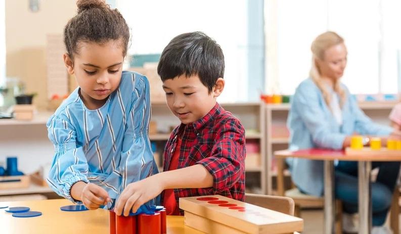 Camera dei bambini Montessoriana