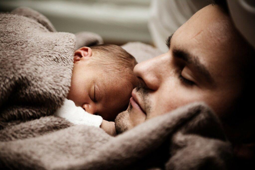Papà e neonato