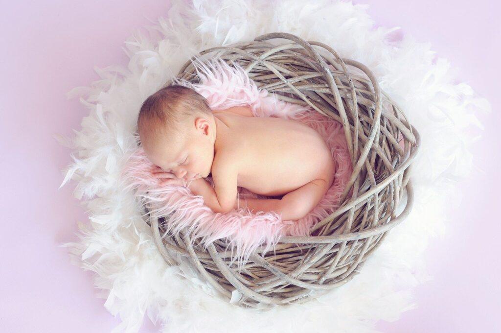 Quante ore devono dormire i bambini