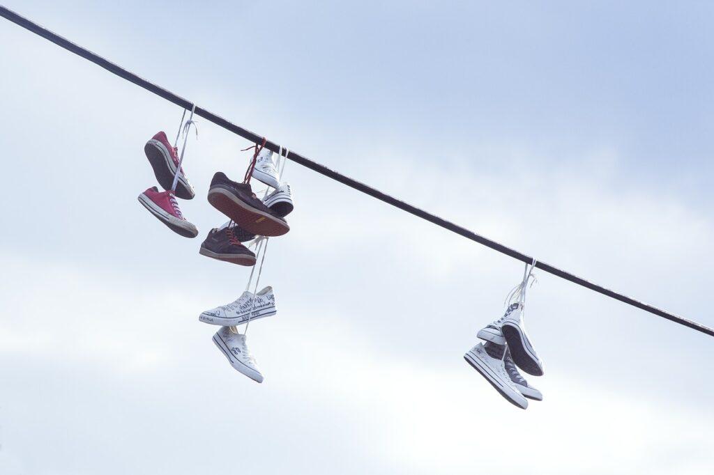 Come lavare le scarpe se non c'è l'etichetta