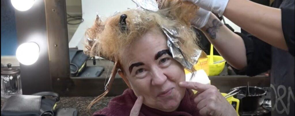Donna cambia il suo volto anonimo