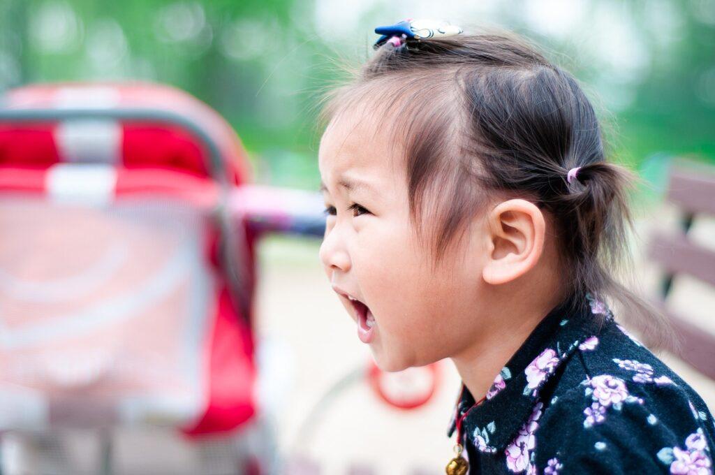 Bambina fa i capricci