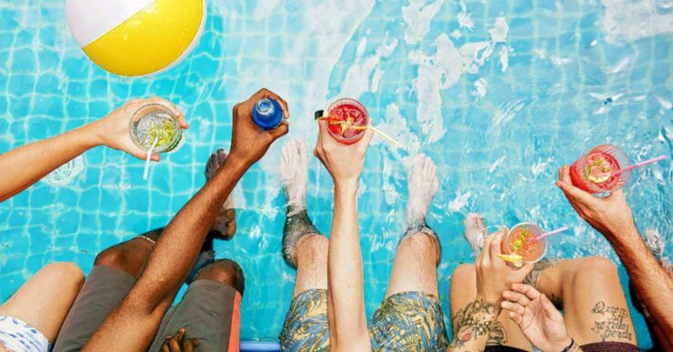 Foto di festa in piscina