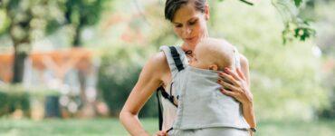 Mamma passeggio bebè