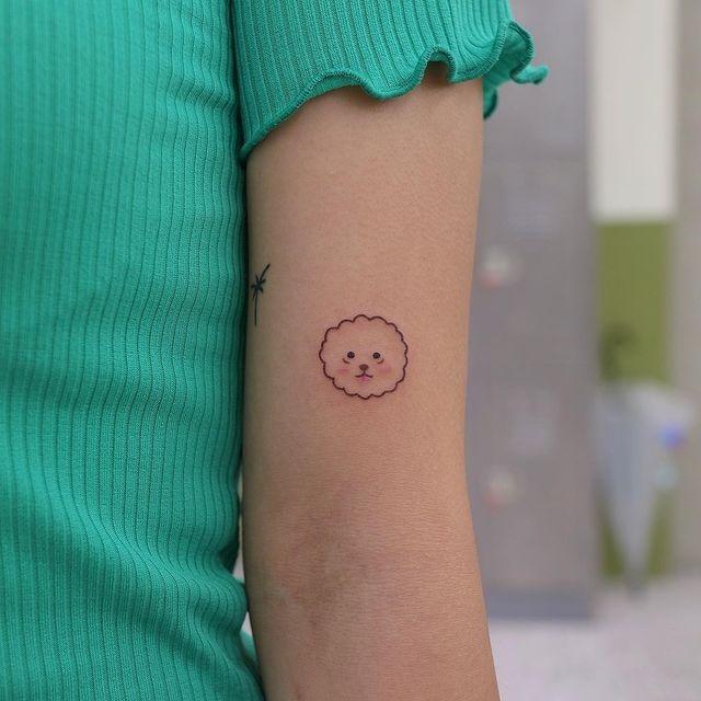 tatuaggio un po' kawaii e un po' chic