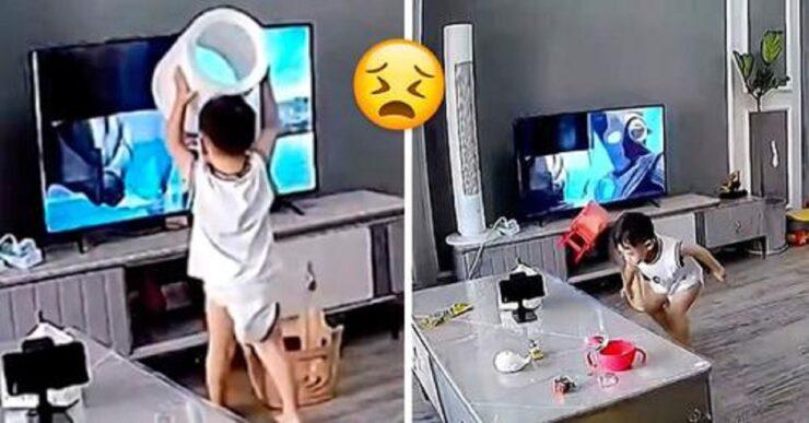 bambino distrugge la tv