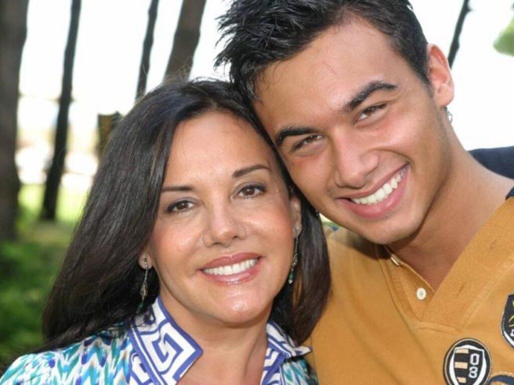 Patrizia Mirigliani e il figlio